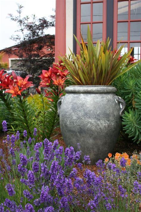 Tuscan Garden Ideas 17 Best Ideas About Italian Garden On Pinterest Italian Courtyard Mediterranean Garden And