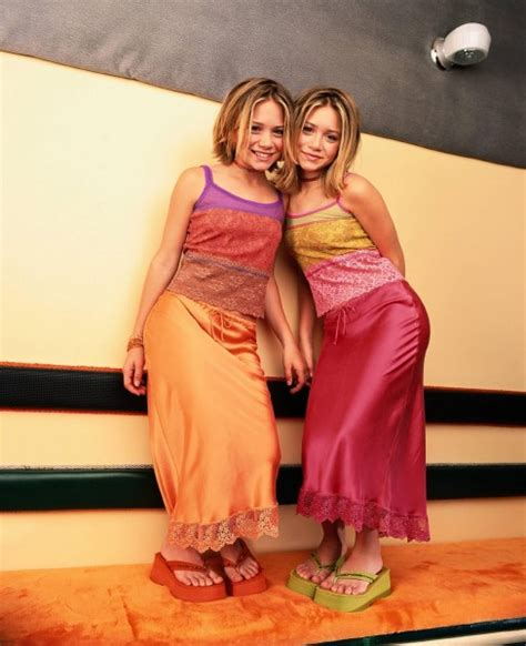 fairy boat blows up in mexico olsen twins underwear gallery