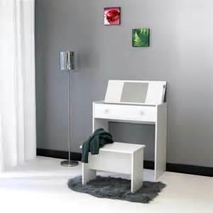 tisch mit spiegel moderner schminktisch mit spiegel h 252 bsche fotos