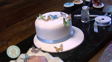 Sugar Syrup Cake Decorating by Issue 5 2 Cake Decorating With Sugar Sheets