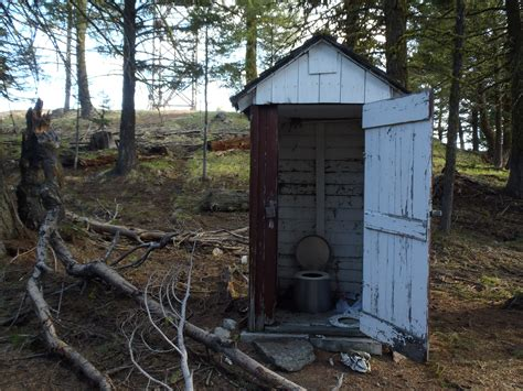 out house funk mountain outhouse photos diagrams topos summitpost
