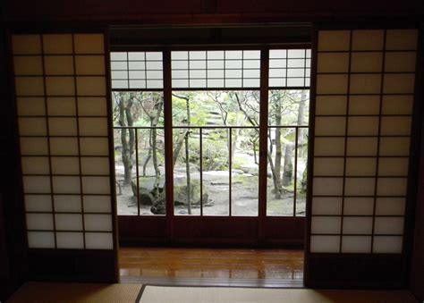 Japanese Doors by Traditional Yet Pretty Japanese Sliding Doors