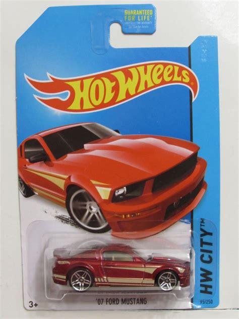 Hotwheels 07 Ford Mustang Merah wheels 2014 hw city mustang 50 07 ford mustang ebay