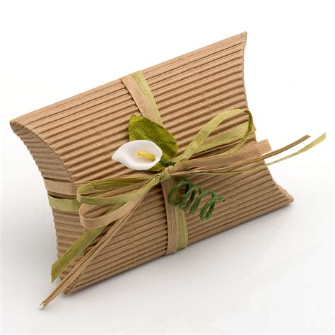 small corrugated kraft pillow favour boxes at favour this