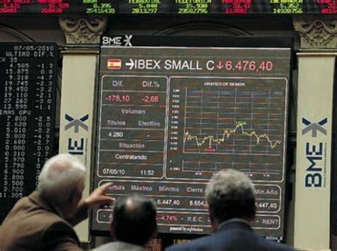 declassamento banche italiane nel mirino di moody s 16 banche italiane rischio taglio