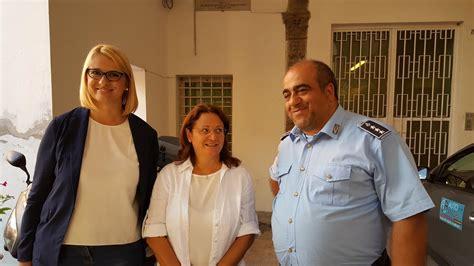 eleonora consoli la deputata irene manzi in visita al carcere di camerino