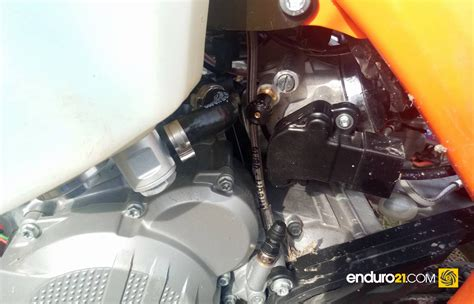 Ktm 300 Fuel Injection Enduro21 Of Ktm S Fuel Injected Two Stroke