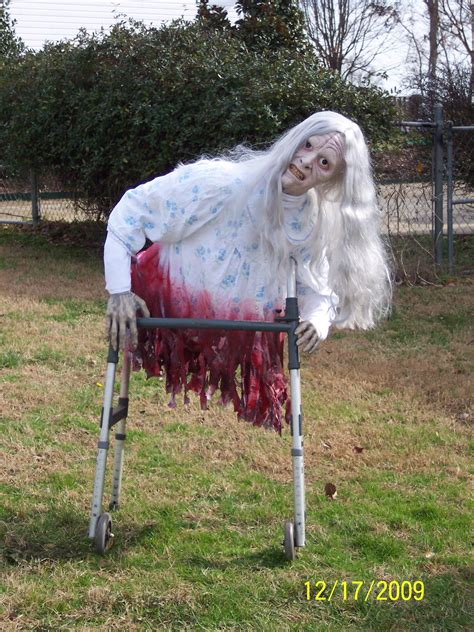 diy animated yard decorations diy do it your self legless walker props from past years ideas haunted houses