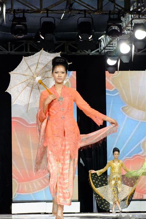 Kebaya Encim Tangan Panjang sejarah fashion indonesia fashion
