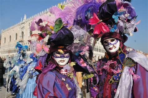 vanità dizionario il carnevale 2017 all insegna della vanit 224 corriere