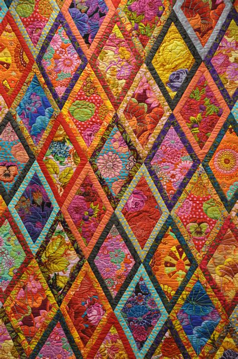 Colourful Quilts by Kaffee Fasset Colorful Quilt Oh Sew Quilts
