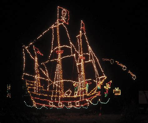 east bay christmas lights displays it s that time of year light peeping 510 families
