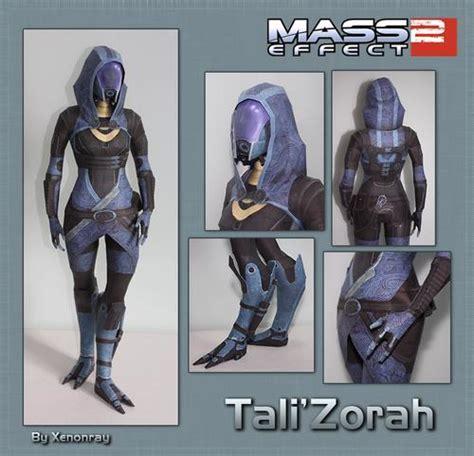 Mass Effect Papercraft - mass effect character paper crafts gadgetsin