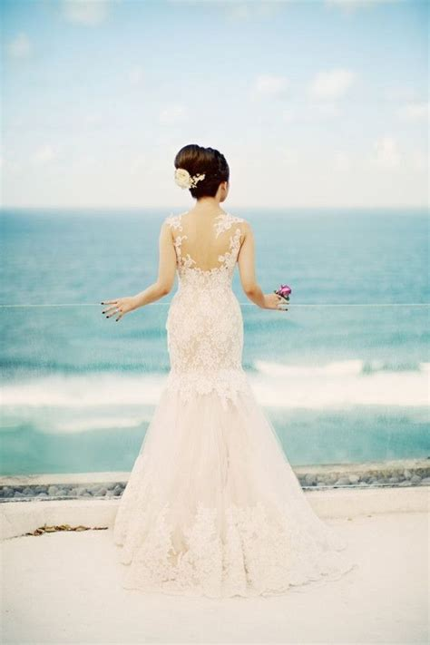 8 Cool Destination Weddings by Best 25 Simple Wedding Dresses Ideas On