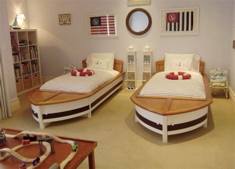 Color Scheme Wheel nautical decor ideas from ship wheels to starfish