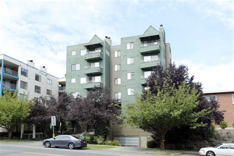 Apartment In West Seattle Avalon West Apartments Seattle Wa Apartment Finder