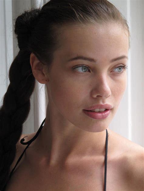 film robot stephanie hottest woman 7 23 15 stephanie corneliussen mr robot