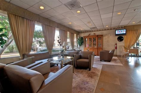 pentagon room best western pentagon hotel airport 2017 room prices deals reviews expedia