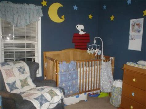 peanuts baby room best 25 snoopy nursery ideas on baby snoopy snoopy and snoopy drawing