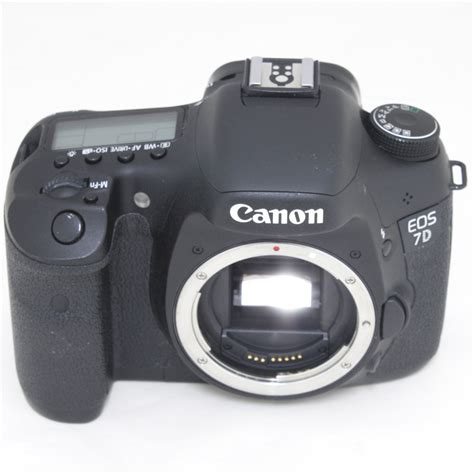 Kamera Canon Only kamera dslr canon eos 7d only 18 mp hitam elevenia