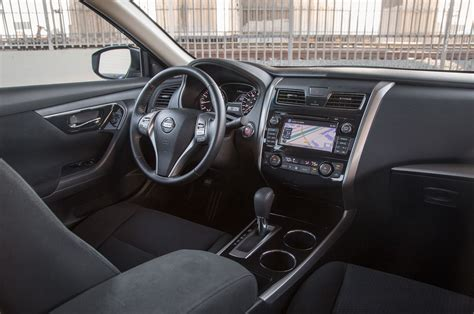 nissan altima inside 2014 nissan altima reviews and rating motor trend