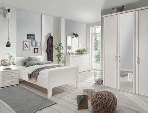 senioren schlafzimmer mit doppelbett senioren schlafzimmer komplett mit einzel oder doppelbett