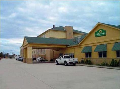 comfort inn suites new orleans east la quinta inn new orleans east new orleans deals see