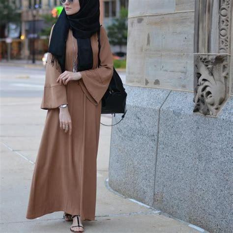 Gamis Baju Muslim Busui Friendly Zipper Basic Dress 741 best images about abaya fashion on kaftan style caftans and eid