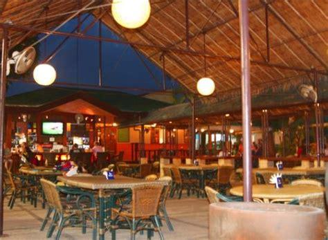 top bars in cebu the sandtrap sports bar restaurant cebu city