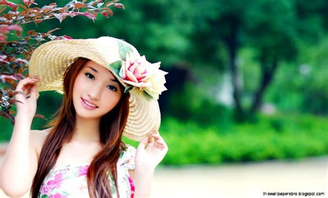 wallpaper cute girl download cute girl wallpapers for mobile 1920 215 1080 images of cute