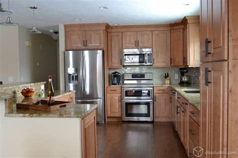 Kitchen Cabinets Minnesota Maple Kitchen Cabinets Traditional Kitchen Minneapolis By Cliqstudios