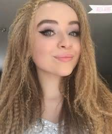 sabrina carpenter hair color sabrina carpenter s hairstyles hair colors