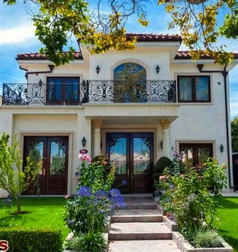 Spanish Villa Style Homes by Best 25 Small Mediterranean Homes Ideas On Pinterest