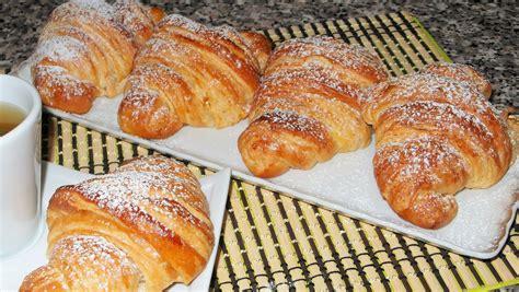 croissant fatti in casa cornetti sfogliati fatti in casa come quelli bar