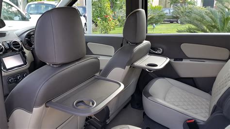renault lodgy interior 2015 renault lodgy press drive food tray indian autos blog