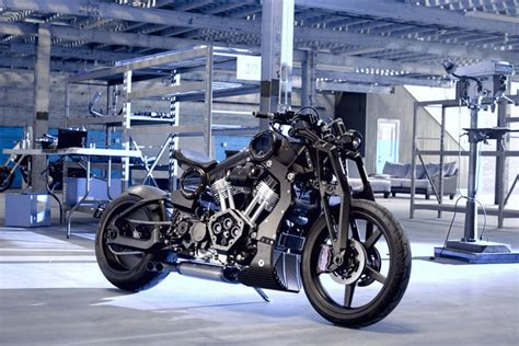 duenyanin en pahali  motosikleti