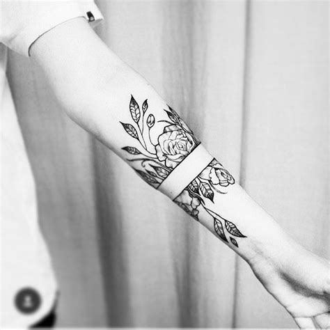 boyfriend and girlfriend tattoos best 25 tattoos ideas on sun moon