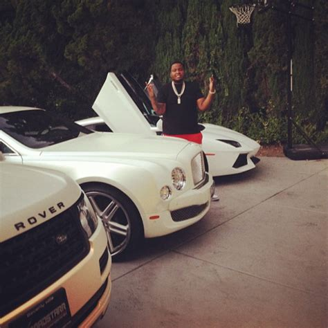 bentley driveway sean kingston s cars celebrity cars blog