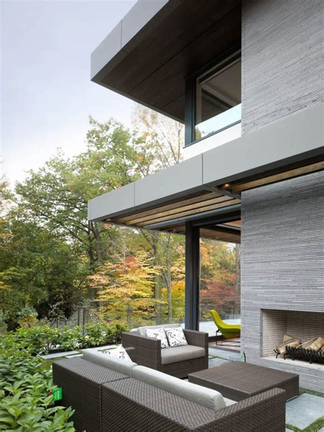 clean lines toronto residence gets awarded for symmetry and