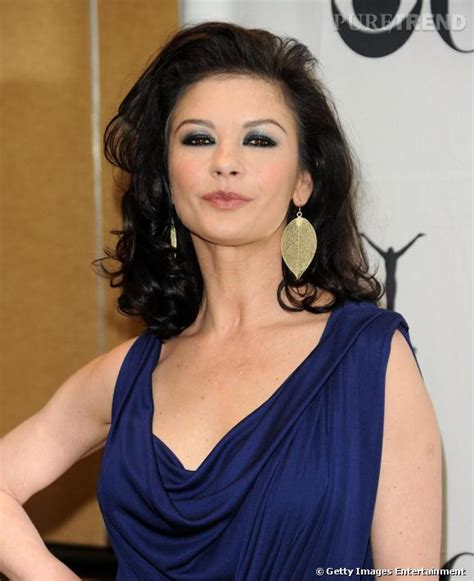Blus Zetta by Catherine Zeta Jones Plus Que Jamais