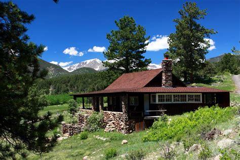 cabin moraine park rocky mountain national park artist