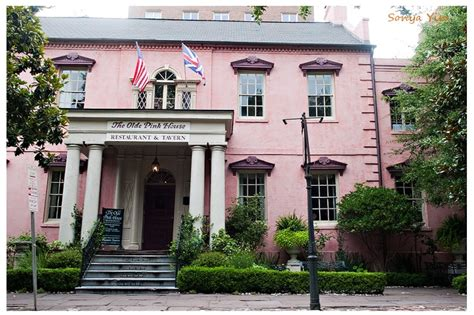 the pink house savannah the pink house georgia on my mind pinterest