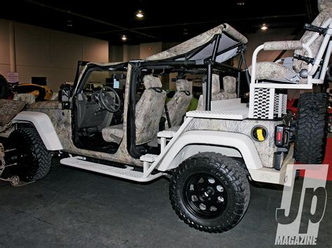 6 Seater Jeep A Six Seater Mod From A 2 Door Jeep Wrangler He Should