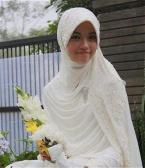 Grosir Murah Baju Umroh White Putih Maxi Dress Silk 17 best images about baju nikah on kebaya wedding dresses and styles