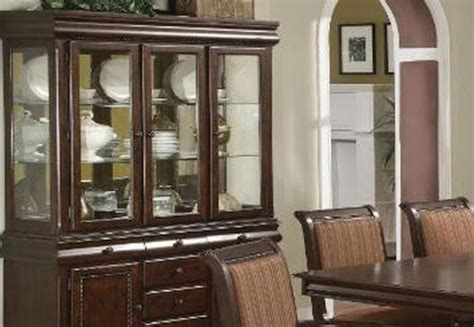 arranging kitchen cabinets artfully arranged china cabinets kitchen clan
