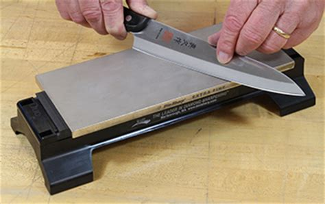 how do you sharpen kitchen knives how do you sharpen kitchen knives 100 images 3 ways