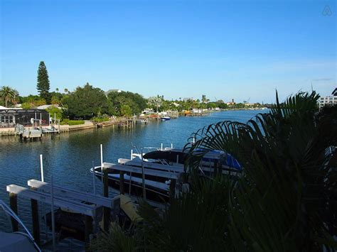 airbnb boats in florida 3 awesome airbnb florida listings on the gulf coast