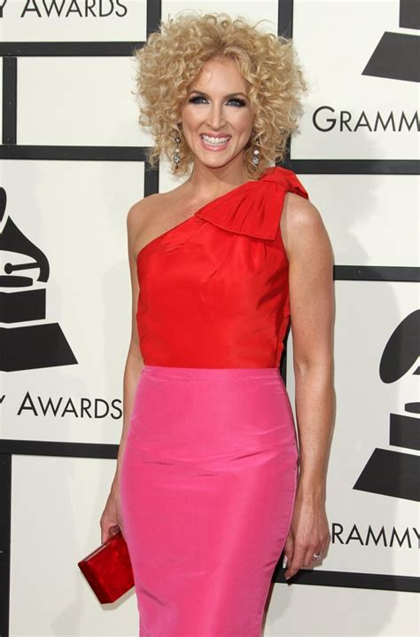 kimberly schlapman kimberly schlapman picture 34 58th annual grammy awards
