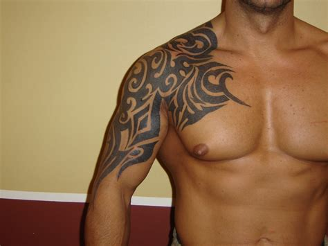 tattoo tribal dos homme tatouage tribal 233 paule homme tattoo boutique