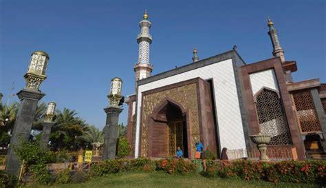 foto desain masjid foto keindahan desain masjid raya at taqwa di cirebon